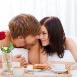 15 signes qui indiquent qu'un homme est réellement amoureux